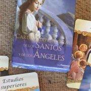 Las barajas adivinatorias de los santos y angeles en tarotyhoroscopogratis