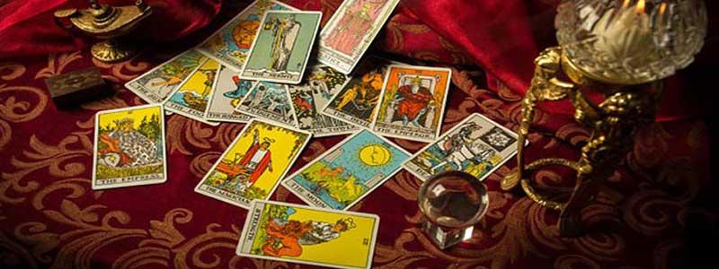 Las cartas del tarot marsella predicen tu futuro